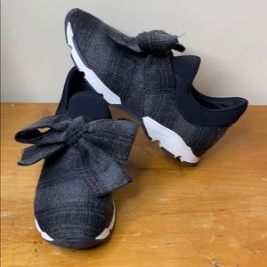 All Black Gray & Black Plaid Bow Sneakers